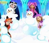 Hra - Disney Princess Playing Snowballs