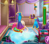Hra - Ice Queen Wardrobe Cleaning