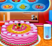 Hra - Cake with Fruit Decorations