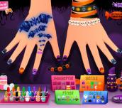 Hra - Sarah's Halloween Nail Art